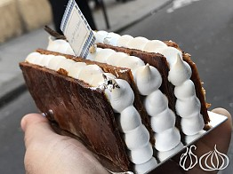 Une Glace a Paris: The Ice Cream Words Can't Describe!