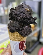 10 Favorite Spots: Where to Enjoy a Mouthwatering Ice Cream in Lebanon!