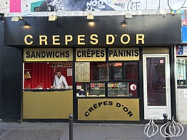 Crepes D'Or: A Juicy and Hearty Crepe in Paris
