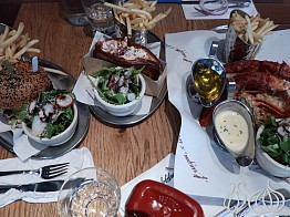 Burger&Lobster New York: Order the Three Items