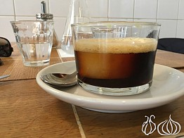 Cafe Coutume: Your Coffee Stop in Paris