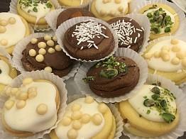 Al Jawhari Sweets Baalbeck: Nammoura bel Kashta
