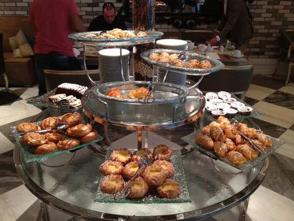 Lotte Breakfast